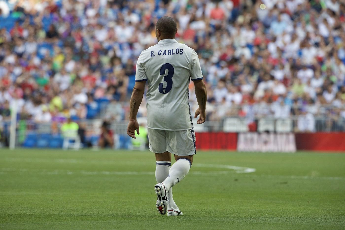 Roberto Carlos de espaldas