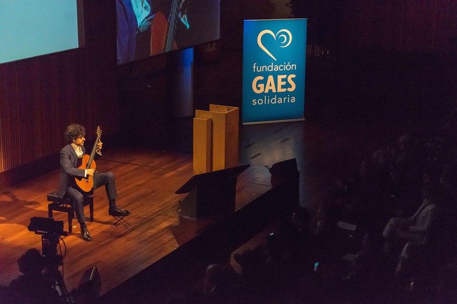 Presentación Fundación GAES Solidaria (2)